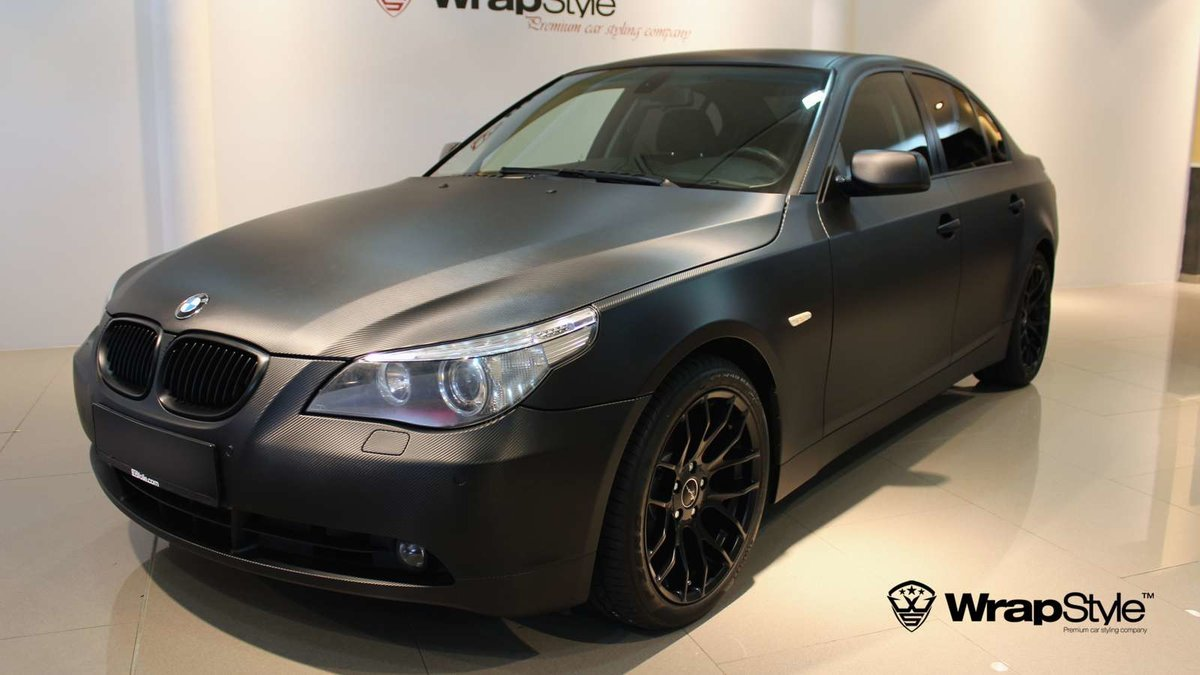 BMW 5 - Black Carbon wrap - cover