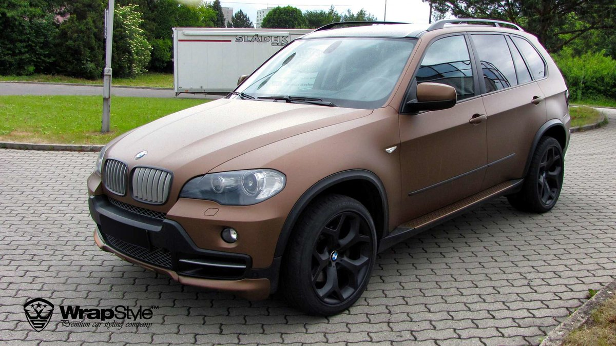 BMW X5 - Anodized Brown Matt wrap - cover