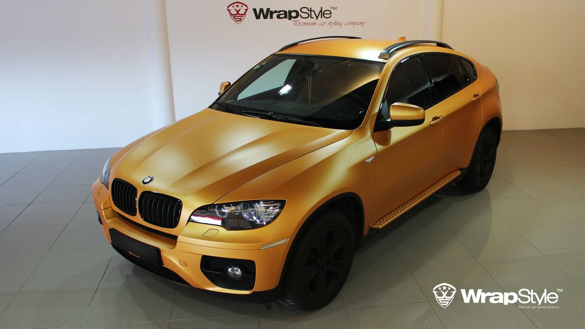 BMW X6 - Gold Satin wrap - cover