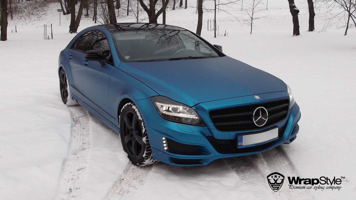 Mercedes Brabus - Electric Blue Satin wrap - cover