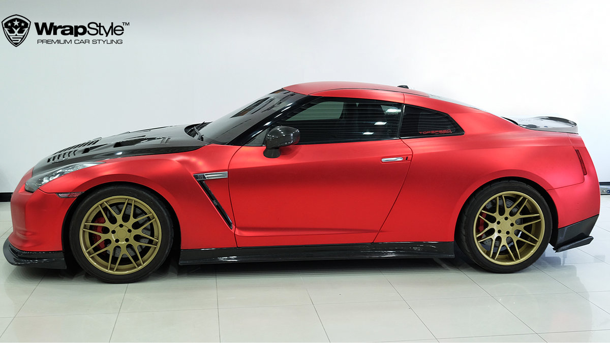 Nissan GTR - Red Chrome Satin wrap - cover