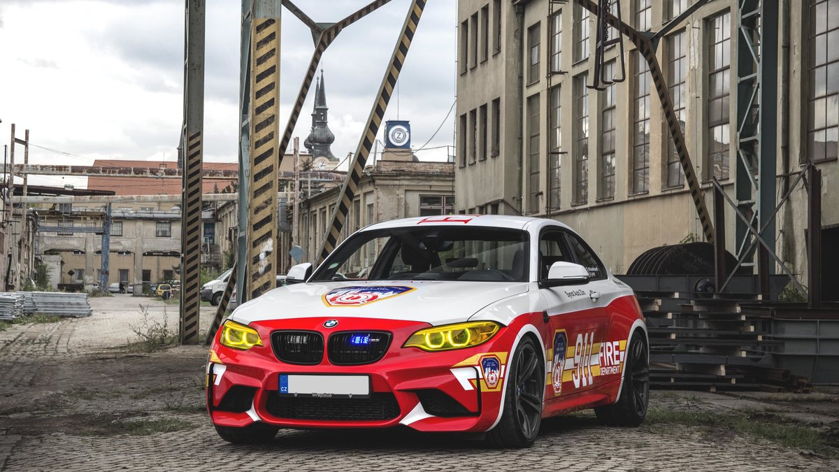BMW M2 / BMW 535i - Dubai Police / New York Fire Department design - img 4