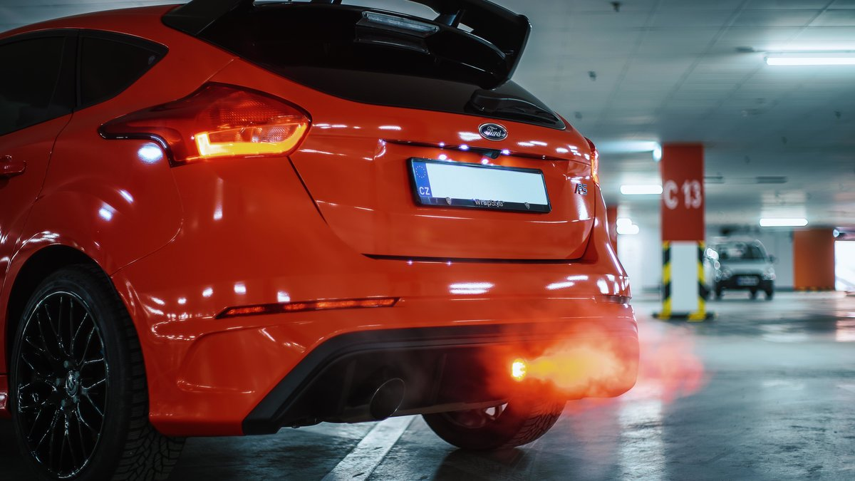 Ford Focus RS - Red Gloss wrap - img 1