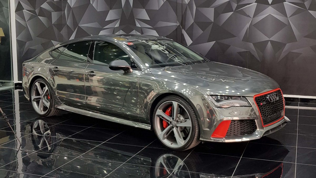 Audi RS5 - Chrome wrap - cover