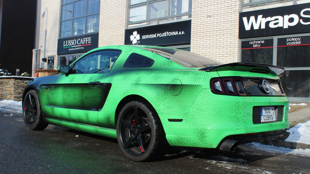 Ford Mustang - Snake Green wrap - img 3