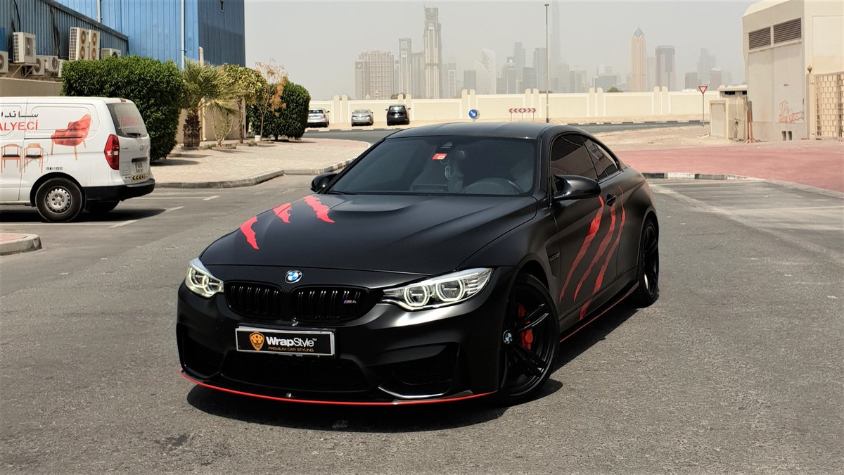 BMW M4 - Red Scratches wrap - img 2