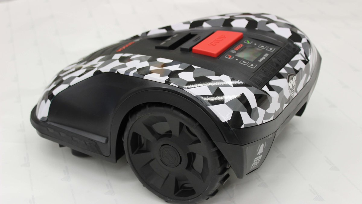 Robotic Lawn Mower - Wrapstyle design - img 1