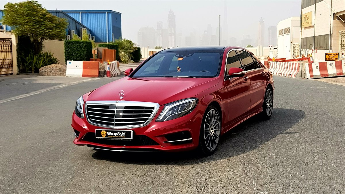 Mercedes E - Red Gloss wrap - img 1