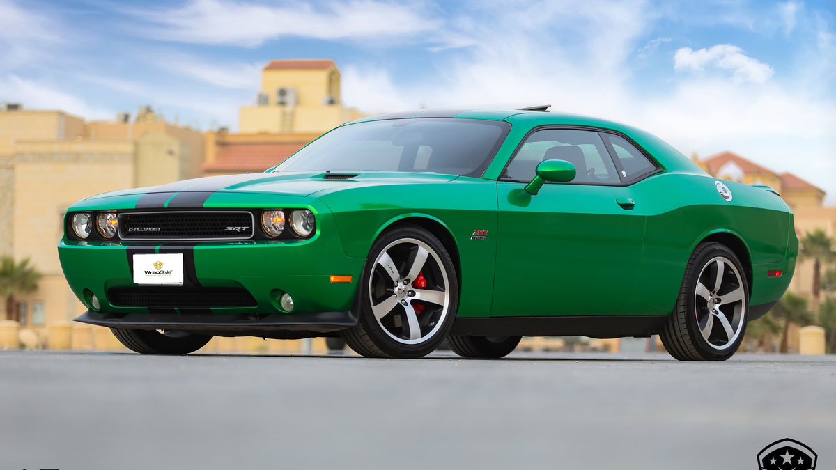Dodge Challenger - Green Metallic wrap - cover
