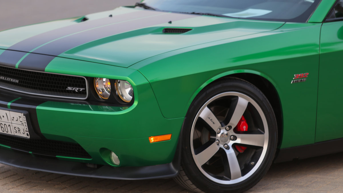 Dodge Challenger - Green Metallic wrap - img 1