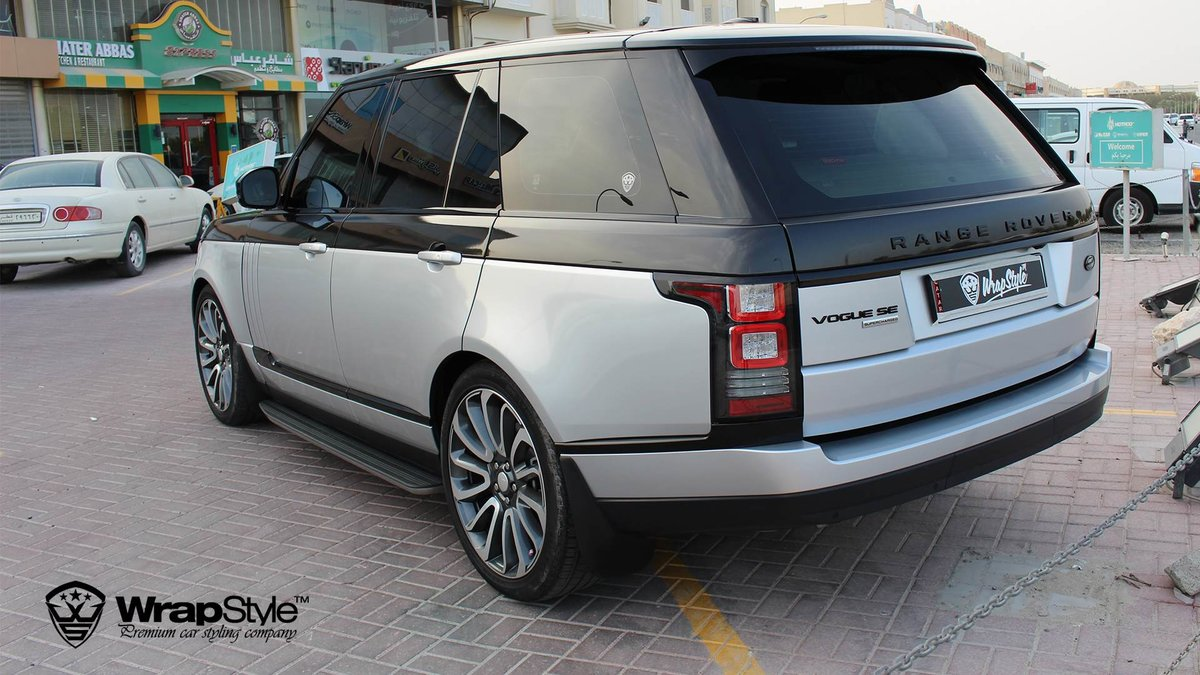 Range Rover Vogue - Black Metallic wrap - img 4
