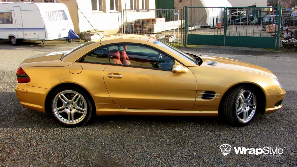 Mercedes SL - Gold Gloss wrap - img 3