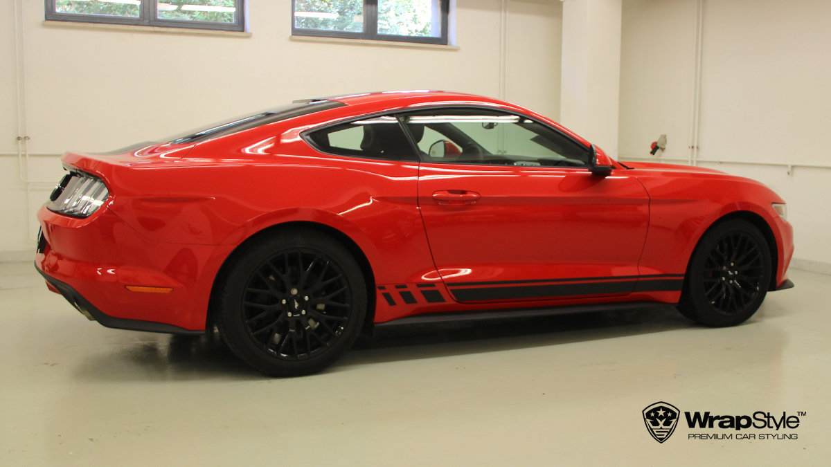 Ford Mustang - Design stripes - img 1