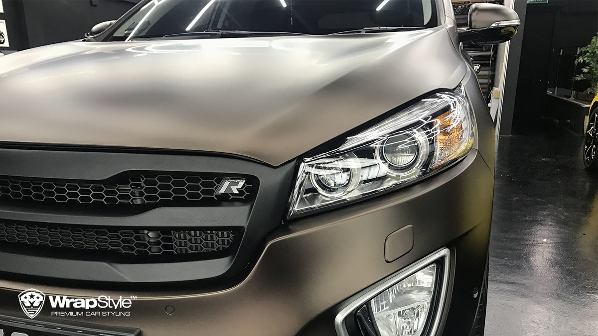 Kia Sorento - Brown matt - img 1