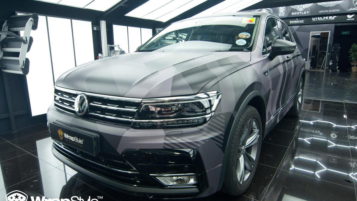 Volkswagen Tiguan - abstract camo - img 2