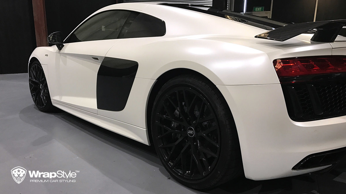 Audi R8 - White Satin wrap - img 3