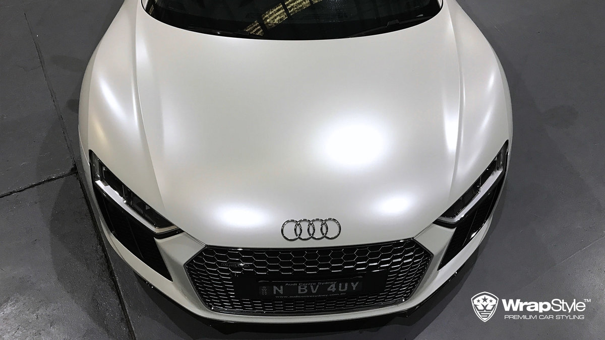 Audi R8 - White Satin wrap - img 1