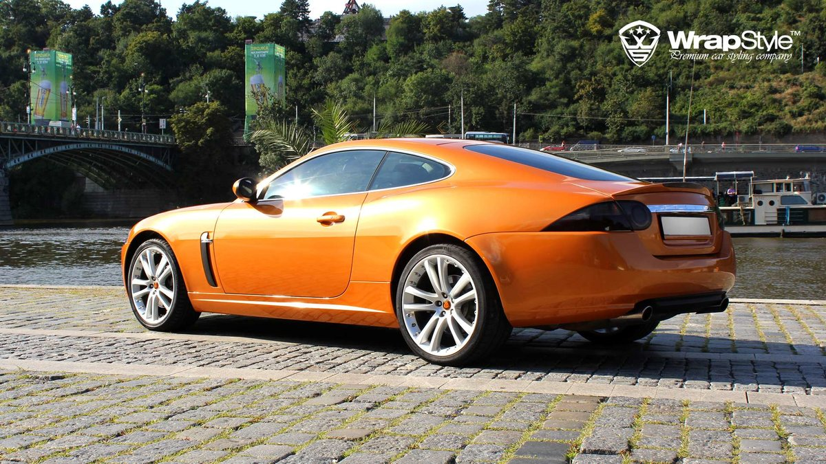 Jaguar F Type - Orange Metallic wrap - img 2