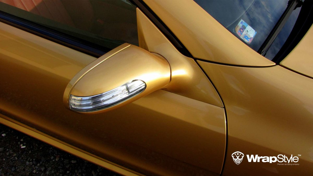 Mercedes SL - Gold Gloss wrap - img 2