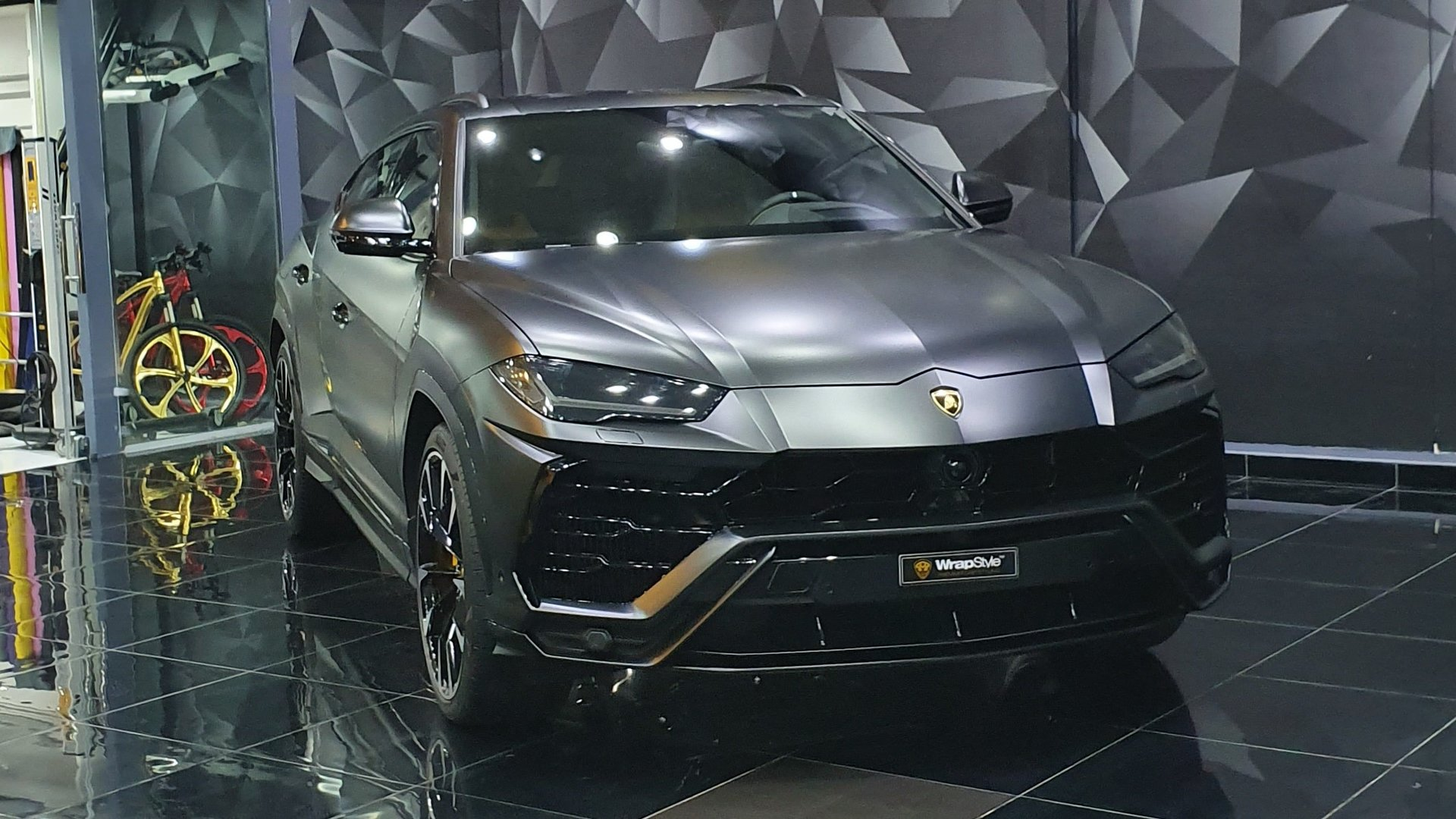 Lamborghini Urus Grey Satin Wrap Wrapstyle