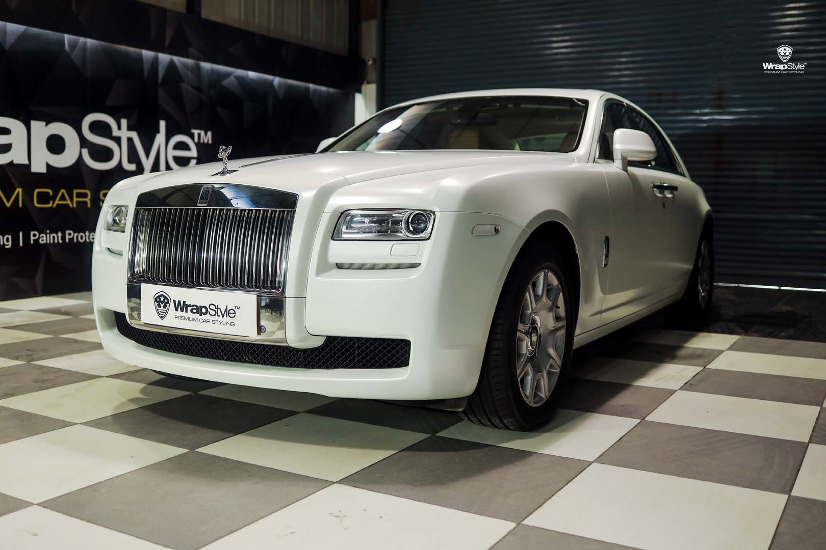Rolls Royce Phantom White Satin Wrap Wrapstyle