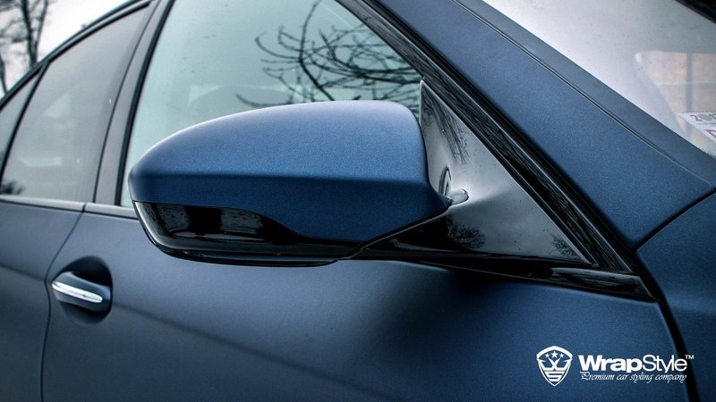 BMW M5 Mariana Blue - cover small