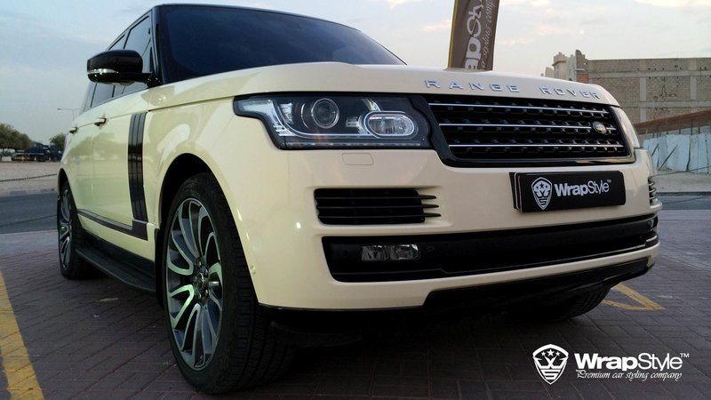 Range Rover Ivory gloss - cover small