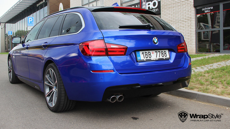 BMW 5 - 3M Cosmic Blue Gloss wrap - cover small