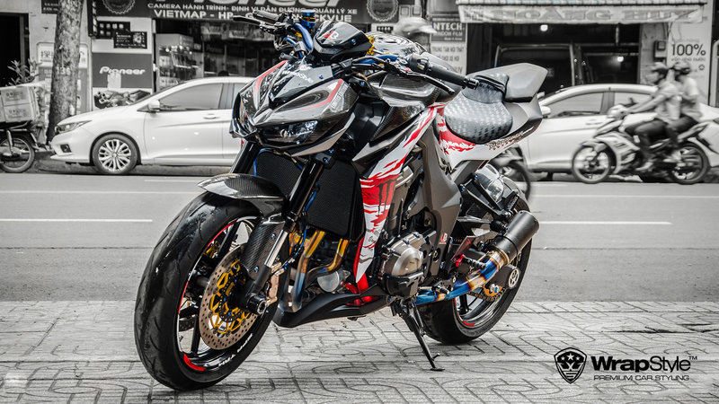 Kawasaki Z1000 - Crazy design