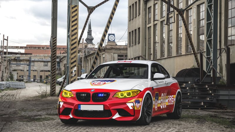 BMW M2 / BMW 535i - Dubai Police / New York Fire Department design - img 4 small
