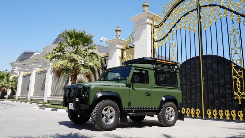 Land Rover Defender - Military Green wrap - cover small