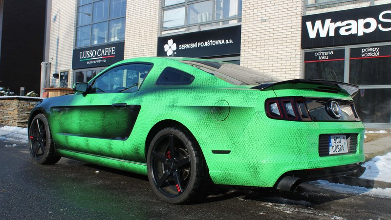 Ford Mustang - Snake Green wrap - img 3 small