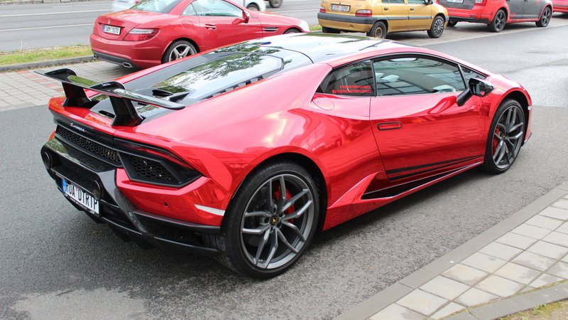 Lamborghini Huracan - Red Chrome wrap - img 1 small