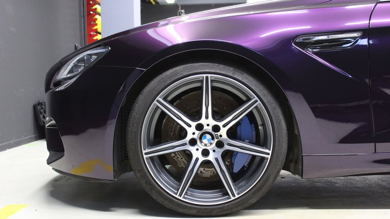 BMW M6 - Midnight Purple wrap - img 2 small