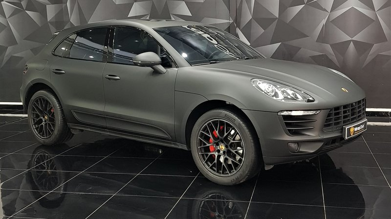Porsche Macan - Black Matt wrap - cover small