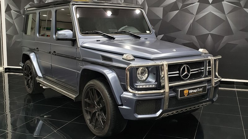 Mercedes G - Grey Satin wrap - cover small