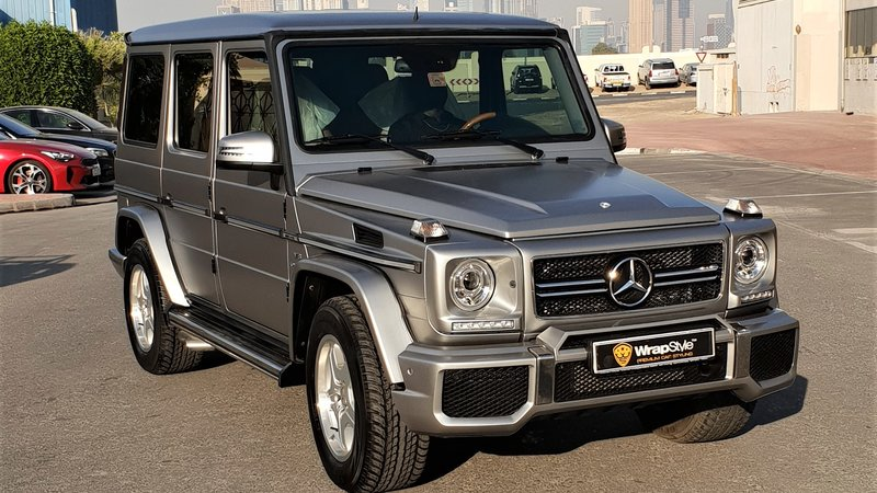 Mercedes G - Silver Satin wrap - img 1 small