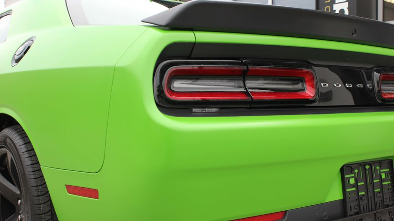 Dodge Challenger Hellcat - Green Gloss wrap - img 1 small