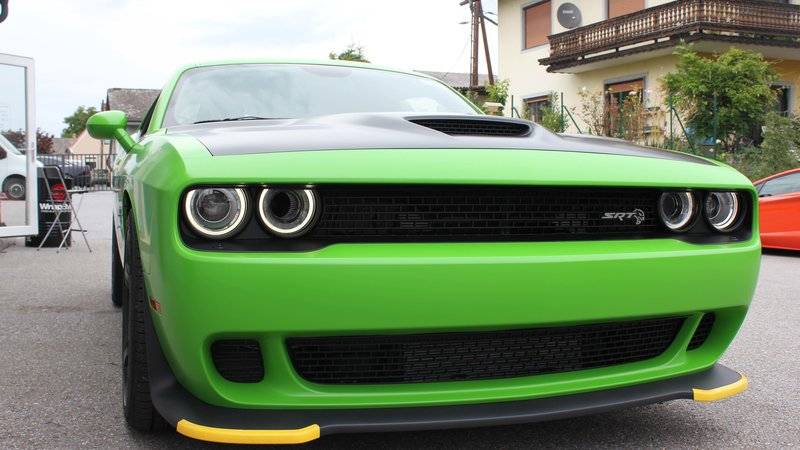 Dodge Challenger Hellcat - Green Gloss wrap - img 2 small