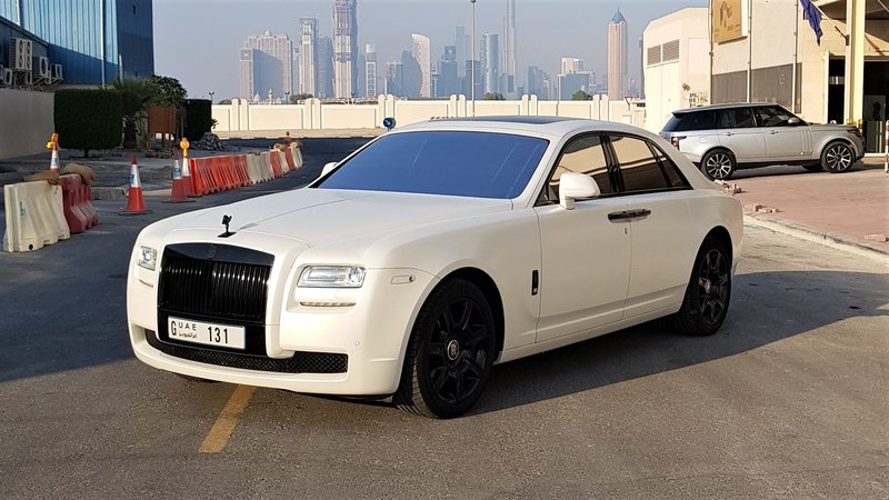 Rolls-Royce Ghost - White Satin wrap - img 1 small