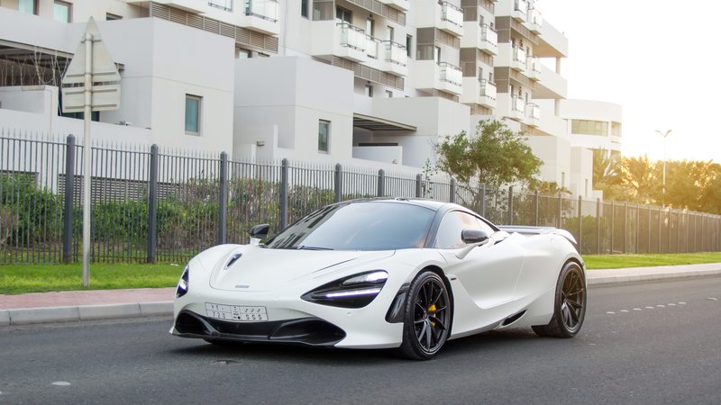 McLaren 720S - White Matt wrap