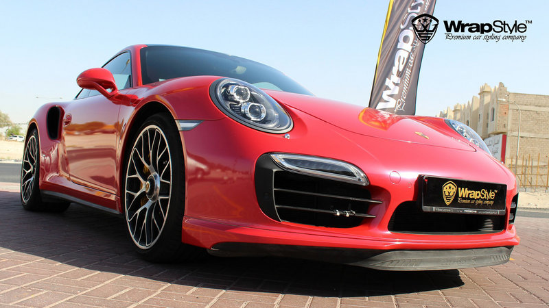 Porsche 911 turbo Red Gloss - img 1 small