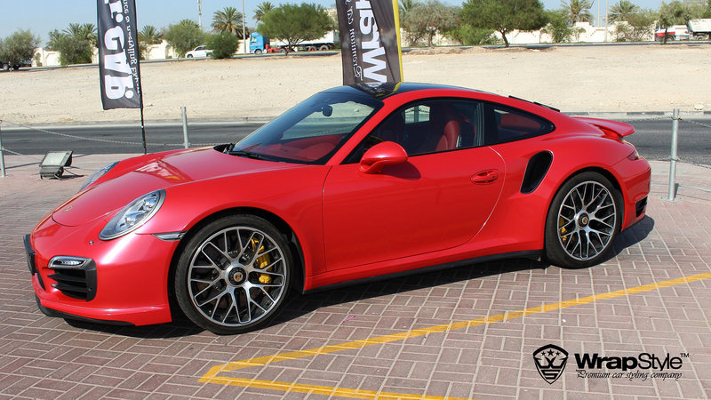 Porsche 911 turbo Red Gloss - img 2 small