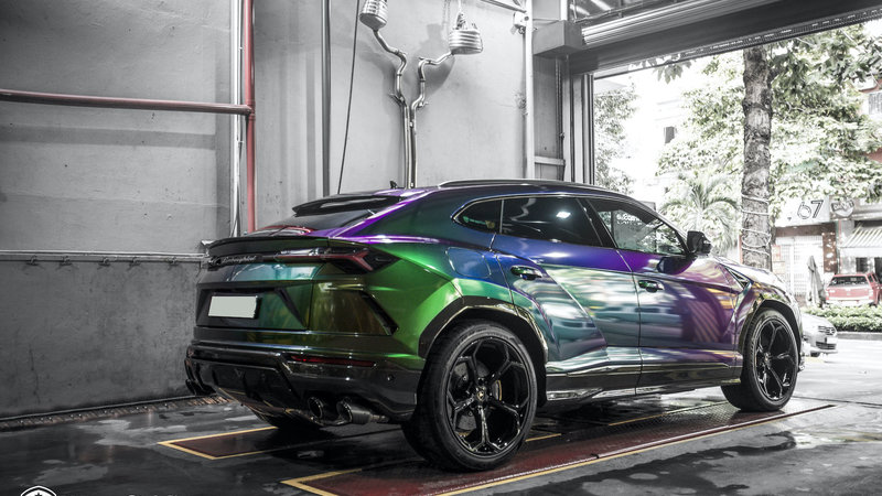 Lamborghini Urus - Color flow - img 4 small