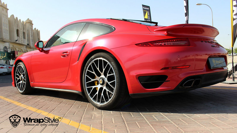 Porsche 911 turbo Red Gloss - img 3 small