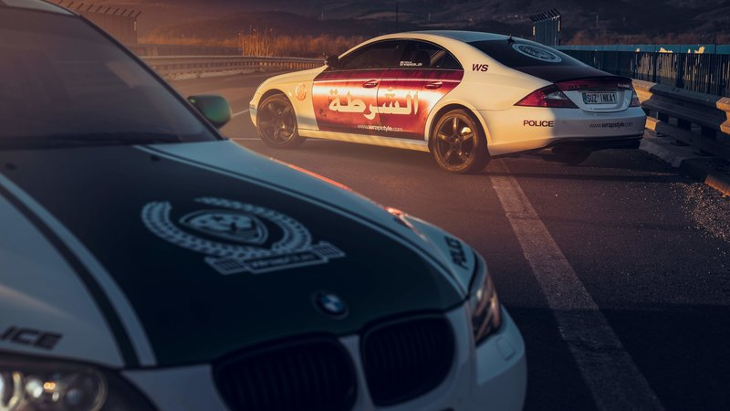 BMW 5 e60 + Mercedes-Benz CLS - Police Design - img 2 small