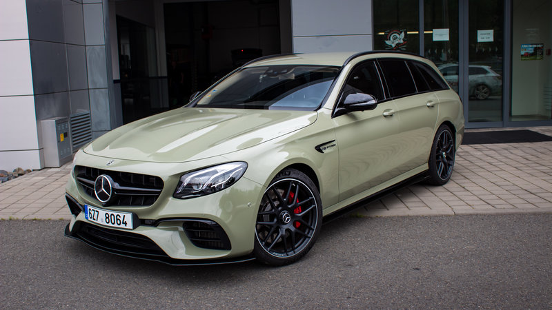 Merecedes-Benz E63s - Khaki Green - cover small