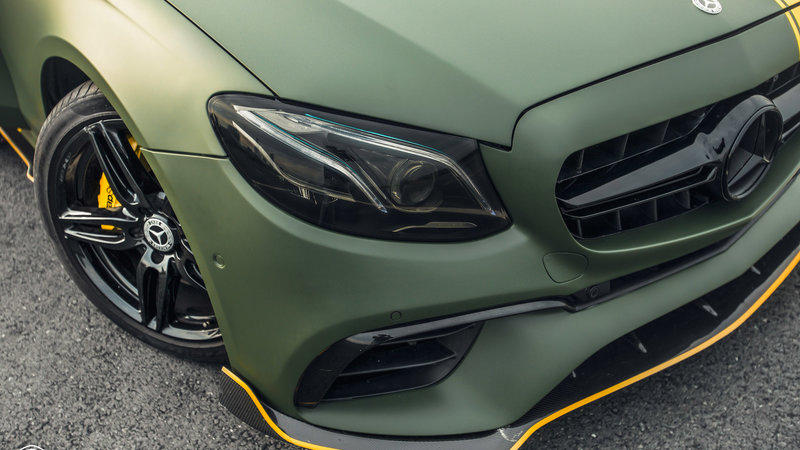 Mercedes Benz - E300 wrap matte military green - img 1 small