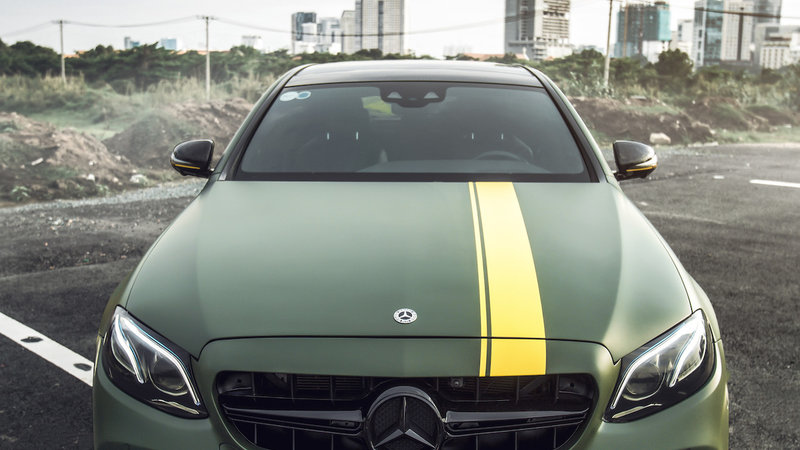 Mercedes Benz - E300 wrap matte military green - img 5 small
