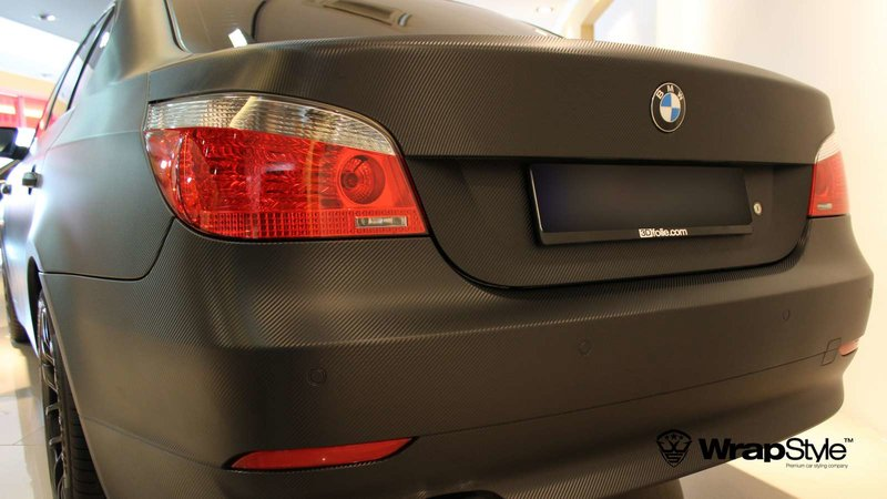 BMW 5 - Black Carbon wrap - img 1 small